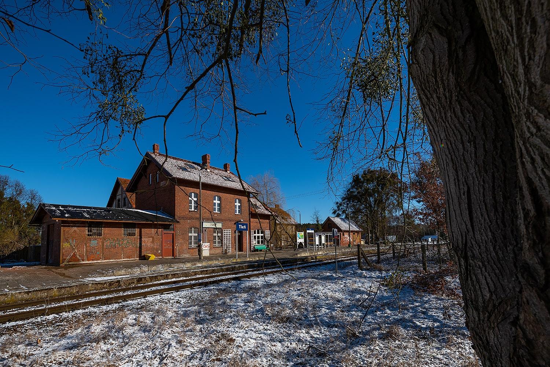 Stacja kolejowa Tleń